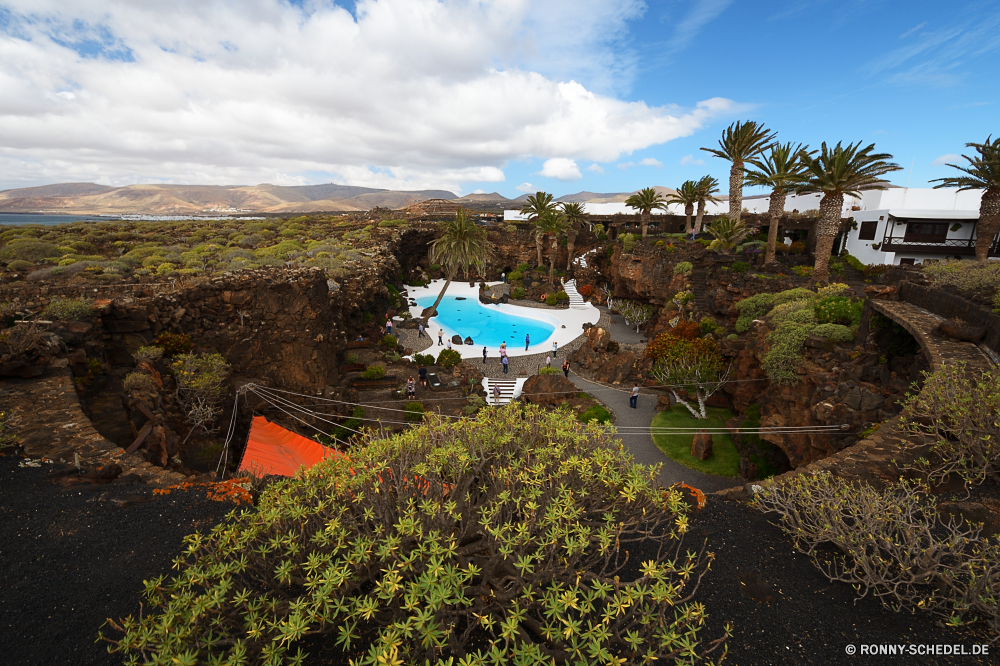 Lanzarote Landschaft Berg Baum Himmel Resort Reisen Hügel Tourismus Wald Tal Szenerie Berge Wolke Sommer landschaftlich Gebäude Park Entwicklung des ländlichen im freien Bäume Wolken Gras Fluss Stein Architektur Fels Hügel Landschaft Land im freien Stadt Wildnis Haus Garten Hochland Häuser Dorf Dach sonnig friedliche Szene Tourist Pflanze Wiese Wandern Umgebung Antike Ziel alt Stadt historischen Feld nationalen Urlaub Bereich Kirche Labyrinth Spitze mittelalterliche hoch idyllische natürliche See woody plant Horizont Schlucht Struktur Land Herbst Landwirtschaft Urban Wasser Landschaften Panorama Gebäude Schloss fallen ruhige Wahrzeichen Sonne vascular plant Frühling Meer Stroh Pfad traditionelle Farbe Straße Küste Geschichte Klippe landscape mountain tree sky resort travel hill tourism forest valley scenery mountains cloud summer scenic building park rural outdoor trees clouds grass river stone architecture rock hills countryside country outdoors city wilderness house garden highland houses village roof sunny peaceful scene tourist plant meadow hiking environment ancient destination old town historic field national vacation range church maze peak medieval high idyllic natural lake woody plant horizon canyon structure land autumn agriculture urban water scenics panorama buildings castle fall tranquil landmark sun vascular plant spring sea thatch path traditional color road coast history cliff