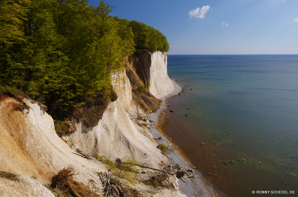 Ostsee Klippe geologische formation Meer Küste Ozean Landschaft Strand Wasser Küste Reisen Urlaub Fels landschaftlich Insel Himmel Ufer Tourismus Sommer Vorgebirge Felsen Bucht Urlaub Sand Berg natürliche Höhe Sonne Szenerie Welle Wellen felsigen Küstenlinie Hügel Baum Paradies Stein im freien seelandschaft Ziel sonnig Wolke Horizont Tourist Wolken Tropischer Berge am Meer Küste Wald Szene Klippen Entspannen Sie sich Panorama Park im freien Pazifik Surf klar natürliche Kiefer Tag Süden ruhige Bucht Inseln Meeresküste hoch Urlaub Urlaub warm friedliche Umgebung Pflanze entspannende Bäume Creek idyllische Resort Boot See Ruhe Rau Erholung Sonnenlicht cliff geological formation sea coast ocean landscape beach water coastline travel vacation rock scenic island sky shore tourism summer promontory rocks bay holiday sand mountain natural elevation sun scenery wave waves rocky shoreline hill tree paradise stone outdoor seascape destination sunny cloud horizon tourist clouds tropical mountains seaside coastal forest scene cliffs relax panorama park outdoors pacific surf clear natural pine day south tranquil cove islands seashore high vacations holidays warm peaceful environment plant relaxing trees creek idyllic resort boat lake calm rough recreation sunlight